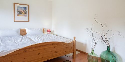 Doppelzimmer Gartenblick: Doppelbett