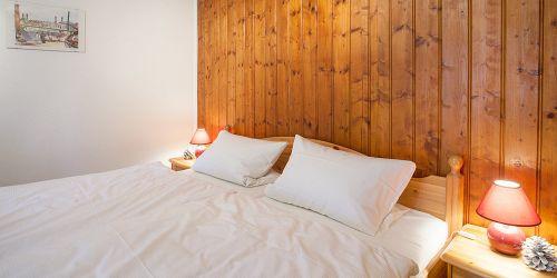 Doppelzimmer Terrasse: Bett (Zimmer 4)
