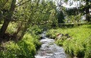 Bachlauf im Garten der Pension Tannenheim